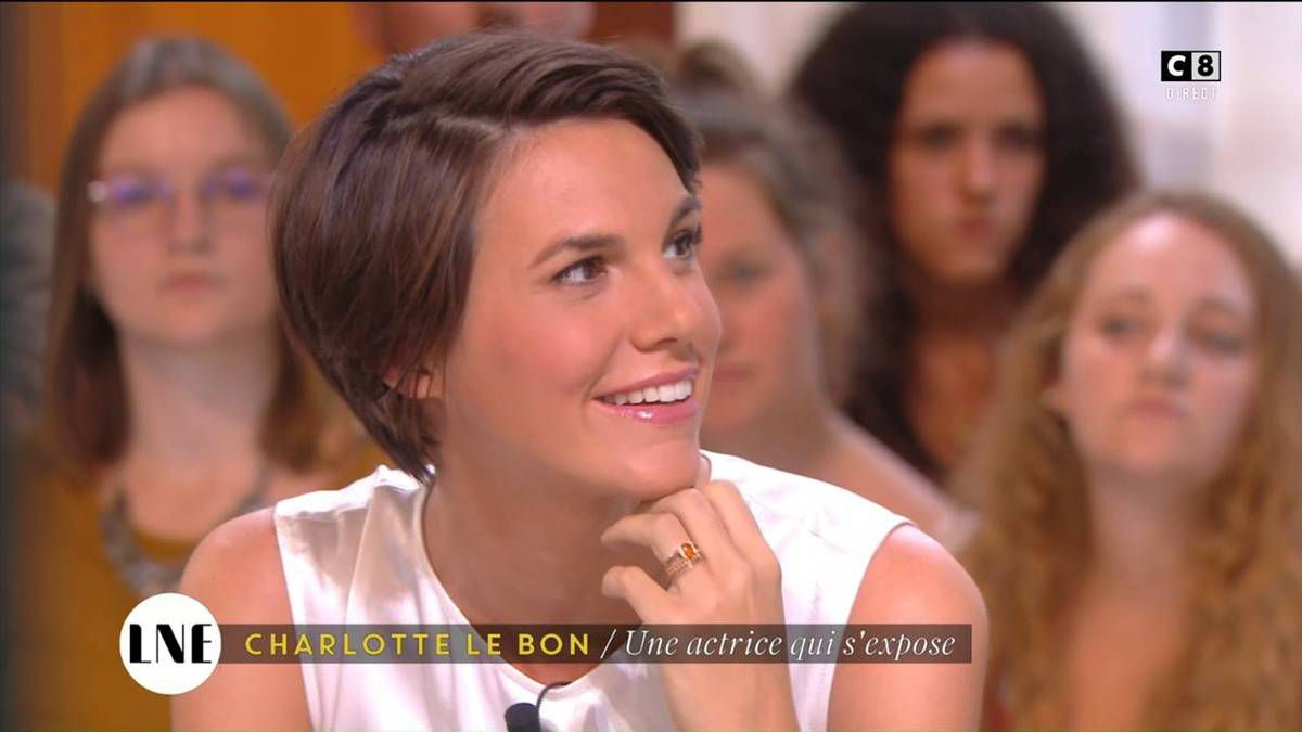 Emilie Besse La Nouvelle Edition C8 le 08.09.2016