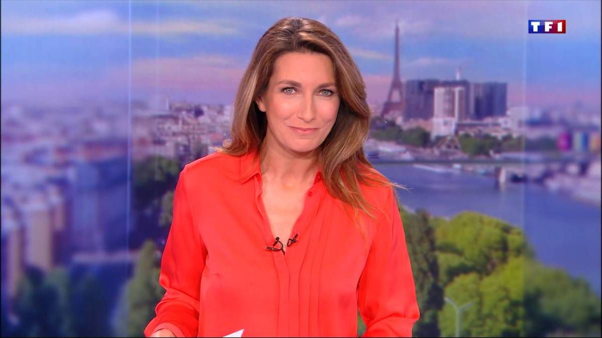Anne-Claire Coudray JT 13H TF1 le 06.11.2016