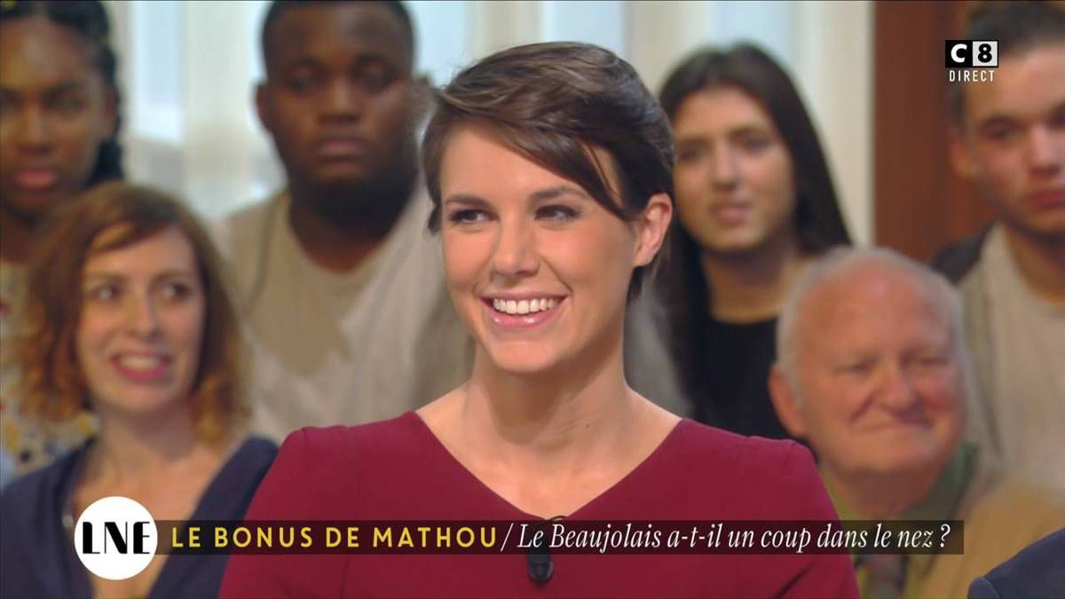 Emilie Besse La Nouvelle Edition C8 le 17.11.2016