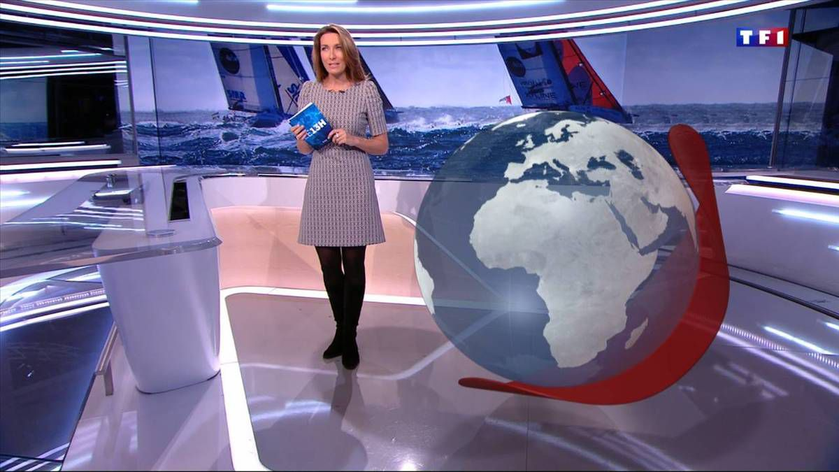 Anne-Claire Coudray JT 13H TF1 le 19.11.2016