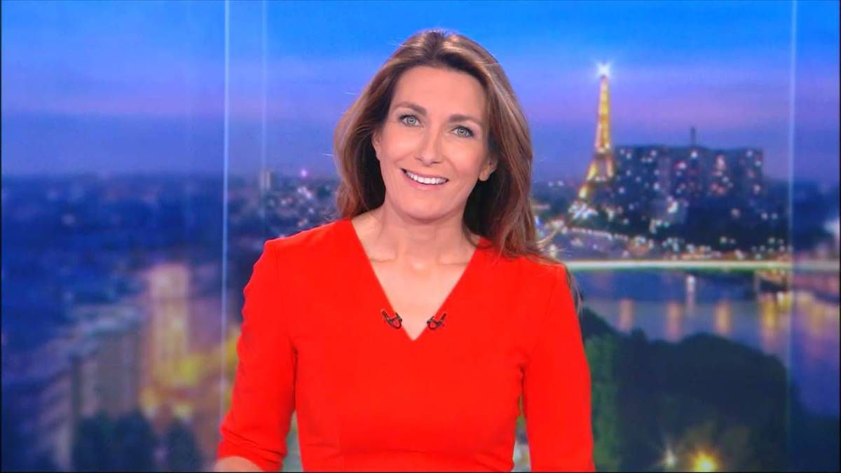 Anne-Claire Coudray JT 20H TF1 le 19.11.2016