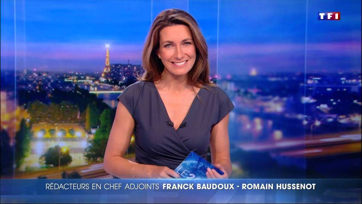 Anne-Claire Coudray JT 20H TF1 le 25.11.2016