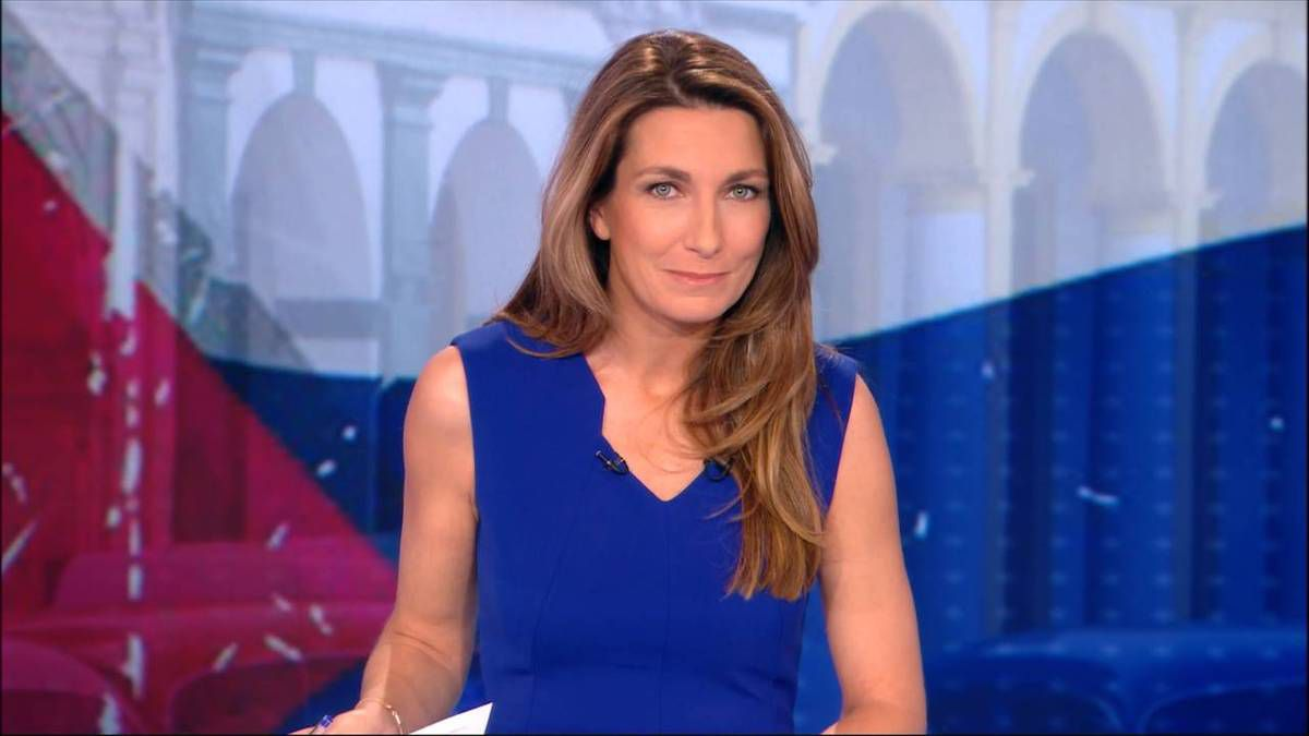 Anne-Claire Coudray JT 20H TF1 le 26.11.2016