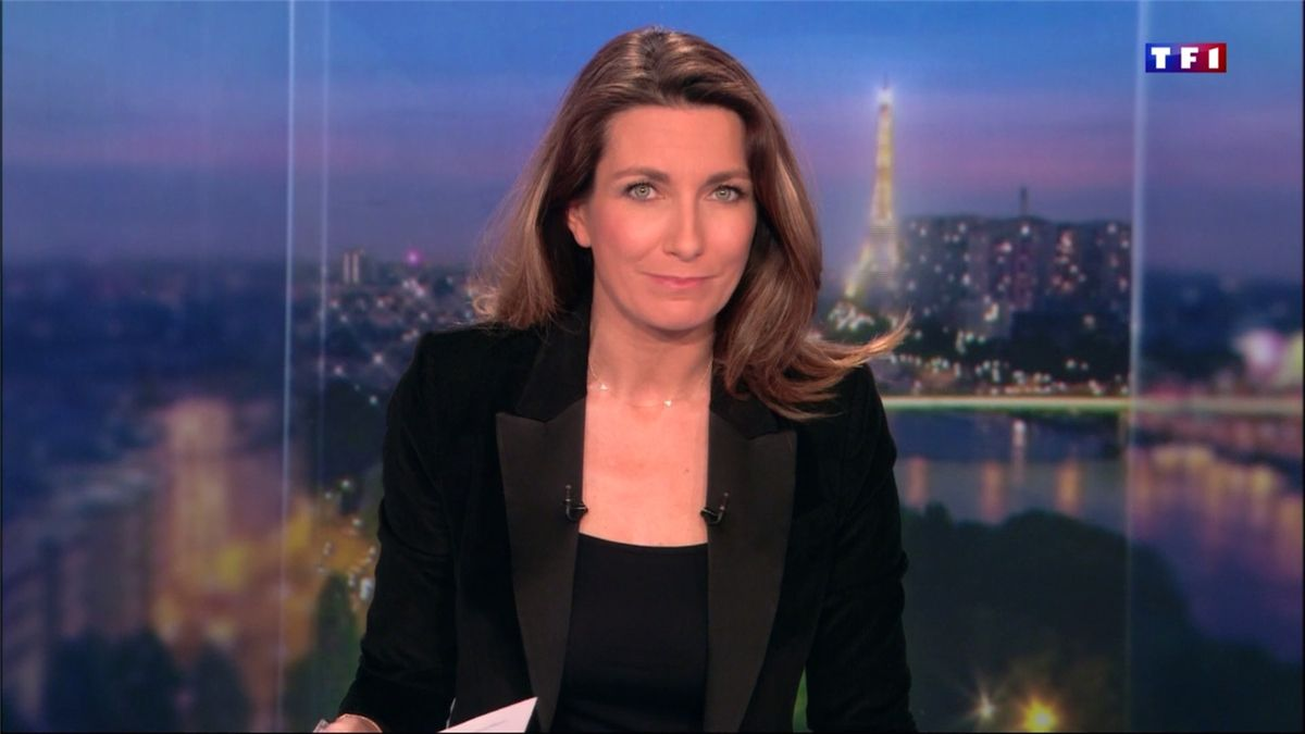 Anne-Claire Coudray JT 20H TF1 le 12.03.2017