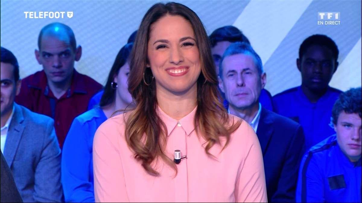 Charlotte Namura Téléfoot TF1 le 12.03.2017