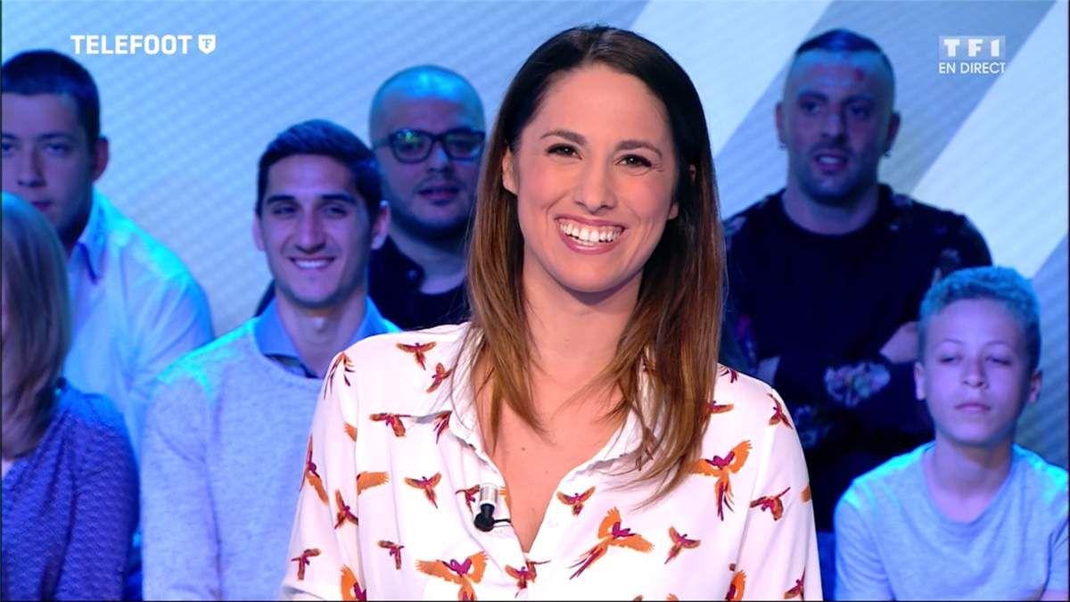 Charlotte Namura Téléfoot TF1 le 02.04.2017