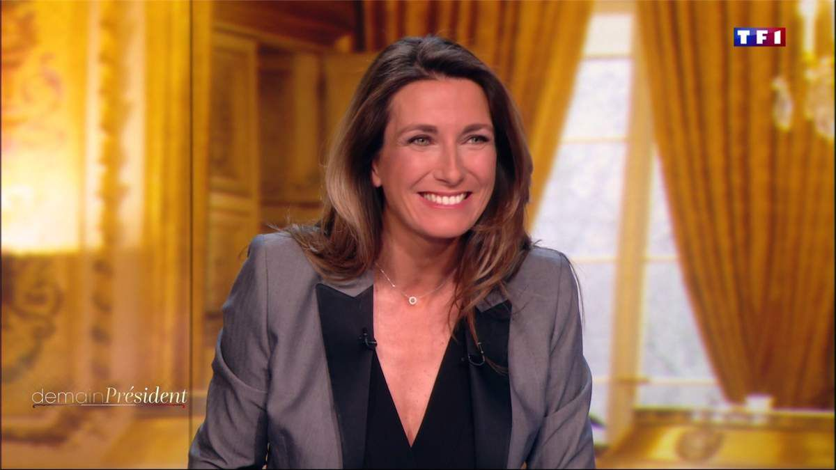 Anne-Claire Coudray JT 20H TF1 le 16.04.2017