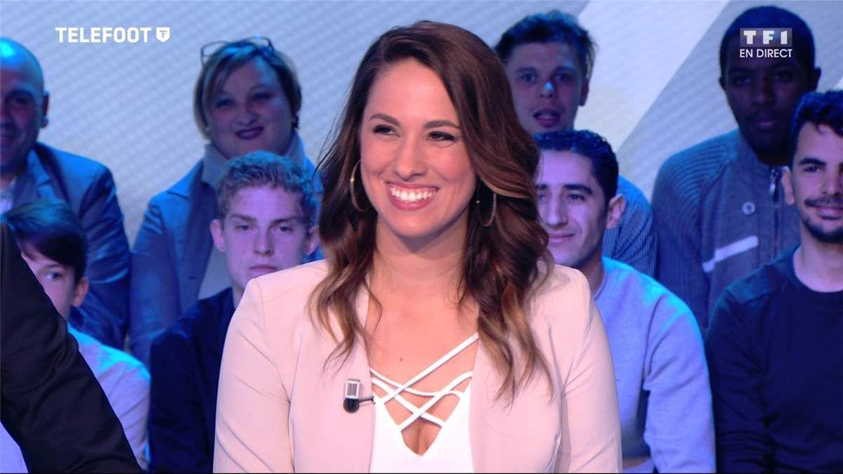 Charlotte Namura Téléfoot TF1 le 23.04.2017