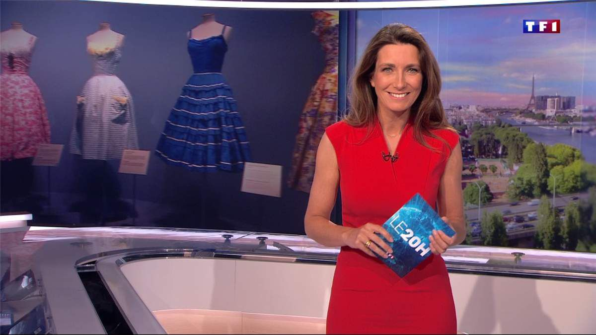 Anne-Claire Coudray JT 20H TF1 le 28.04.2017