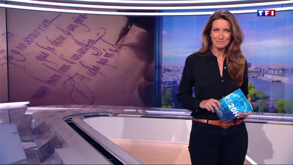 Anne-Claire Coudray JT 20H TF1 le 29.04.2017