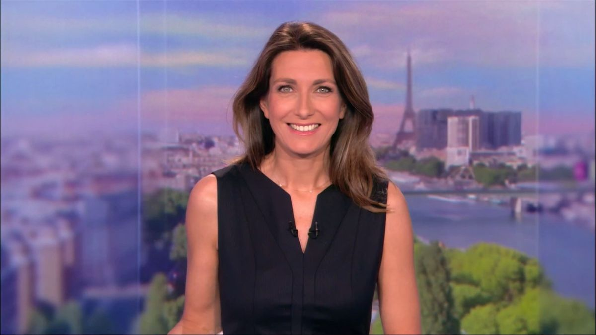 Anne-Claire Coudray JT 13H TF1 le 06.05.2017