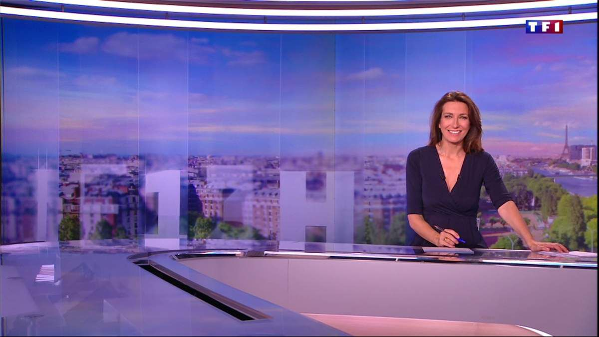 Anne-Claire Coudray JT 13H TF1 le 20.05.2017