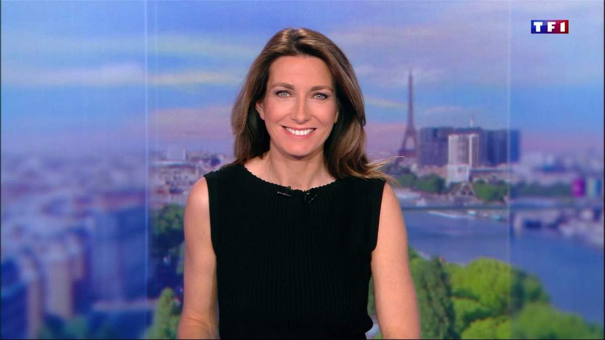 Anne-Claire Coudray JT 13H TF1 le 21.05.2017