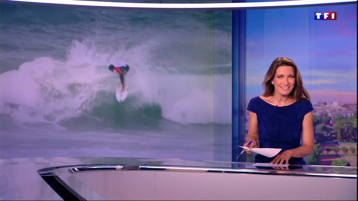 Anne-Claire Coudray JT 13H TF1 le 27.05.2017