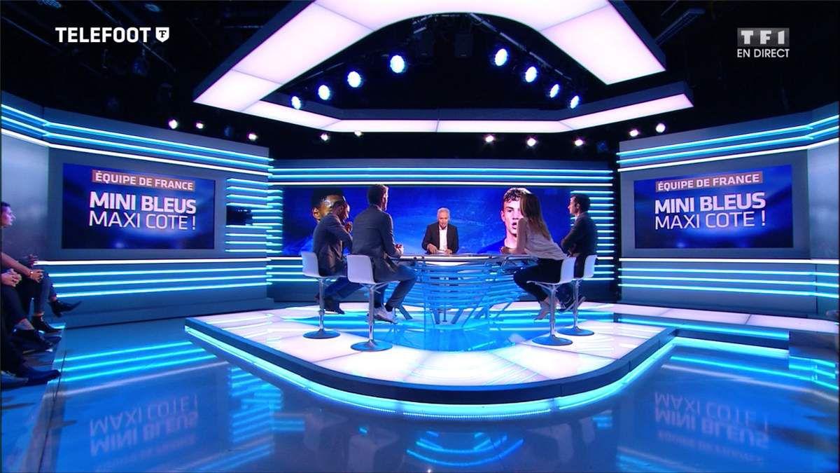 Charlotte Namura Téléfoot TF1 le 02.07.2017