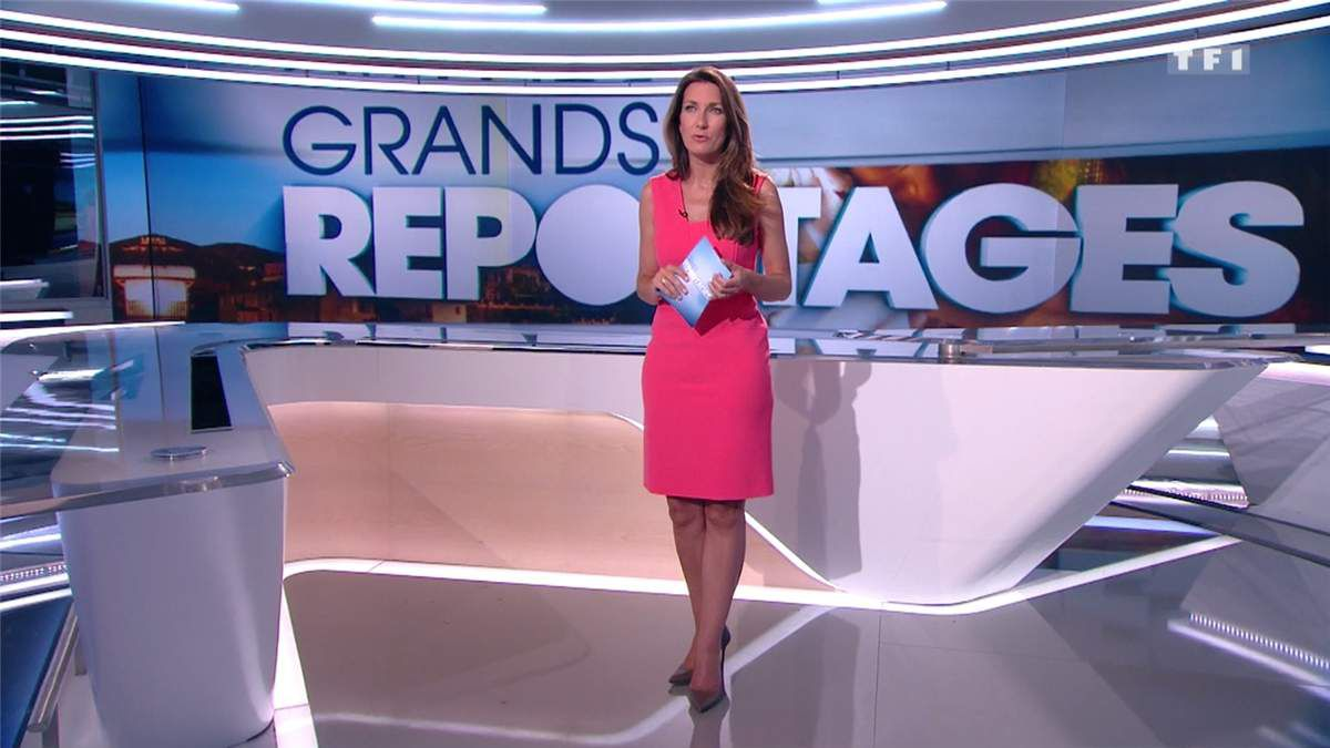 Anne-Claire Coudray JT 13H TF1 le 08.07.2017