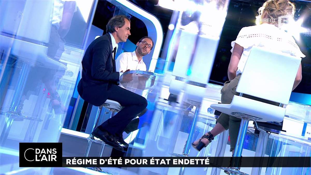 Caroline Roux C Dans l'Air France 5 le 11.07.2017