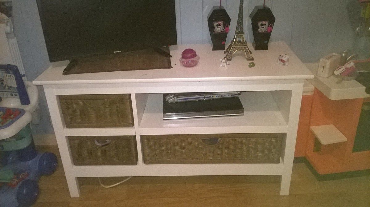 r novation meuble tv chez nounoute cies. Black Bedroom Furniture Sets. Home Design Ideas