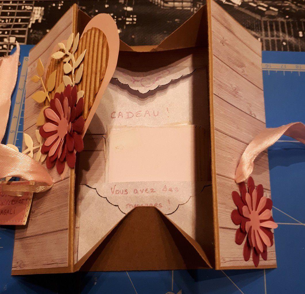 Carte boîte &quot&#x3B;volet fleuri &quot&#x3B;