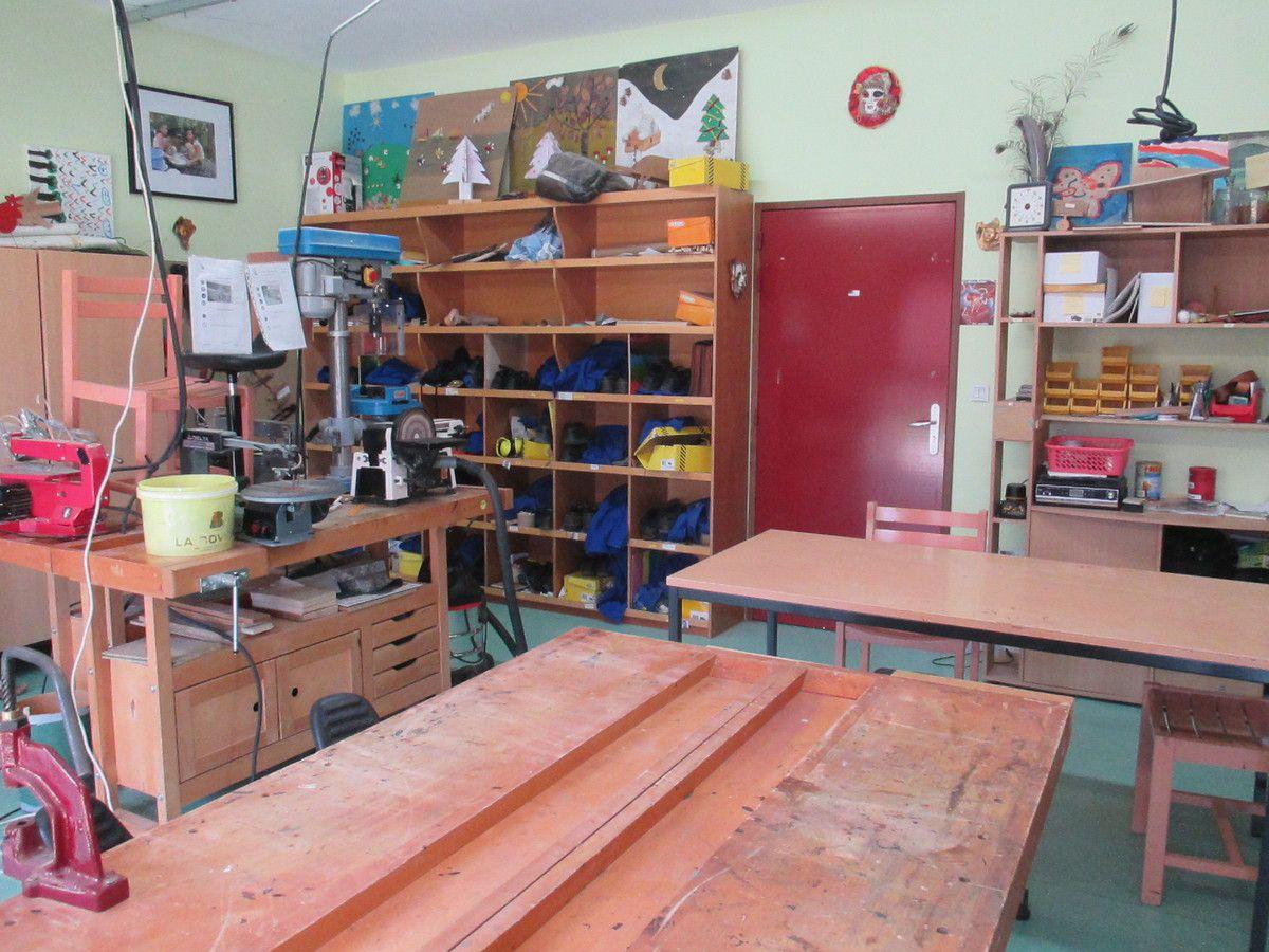 Un atelier pour le bois et le cuir