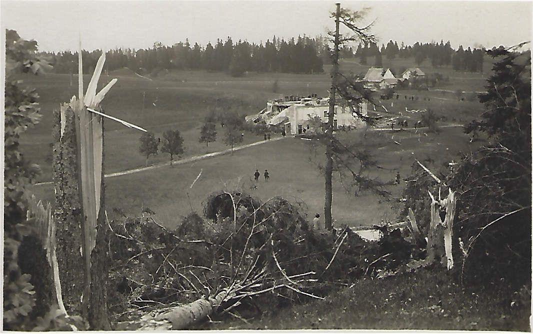 La Chaux-de-Fonds - Le Cyclone du 12 Juin 1926 - Forêts ravagées