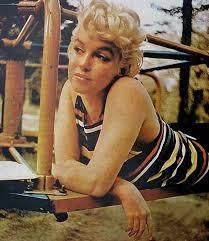 Eve Arnolds 1955 Photo Of Marilyn >> Marilyn Monroe Reads Joyce S Ulysses At The Playground 1955 By Eve