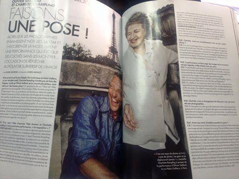 Charlotte Rampling porte une veste Moicani page 134 du Elle du 23 septembre 2016