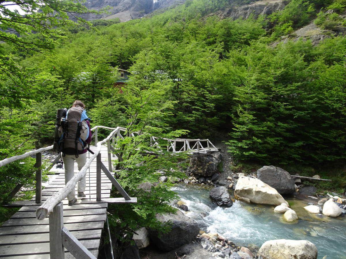 Petit pont en arrivant au Chileno