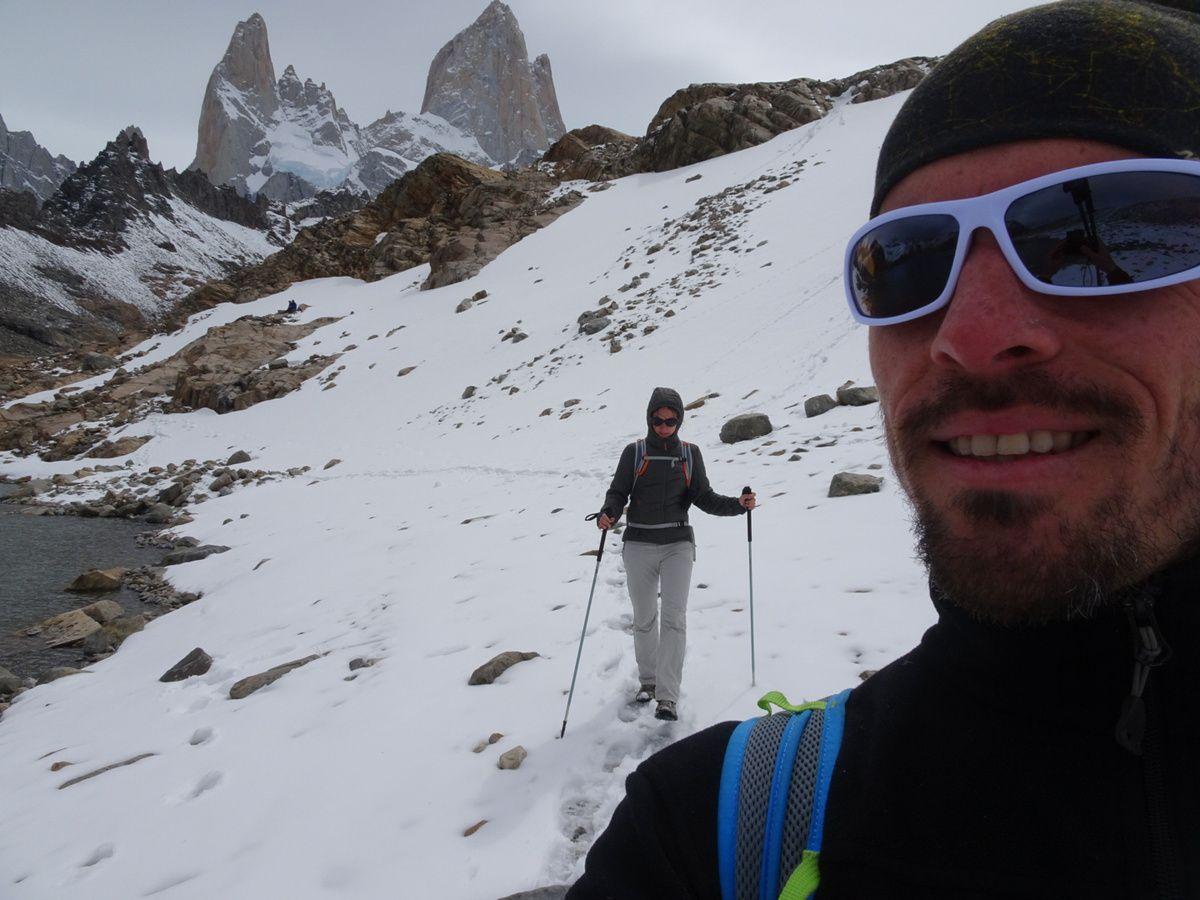 Un semblant d'alpinisme au pied du Fitz