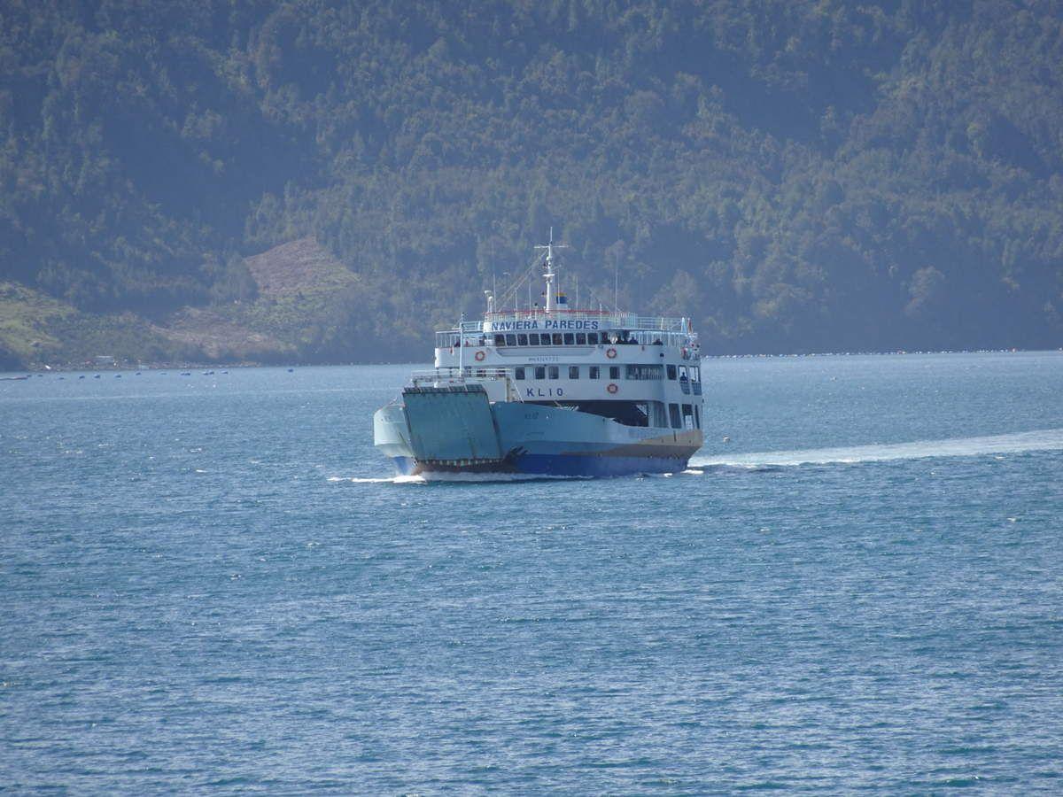 Longue traversée en ferry de 3h45.