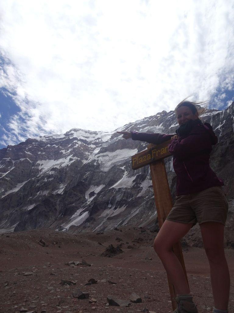 Vues sur la face sud de l'Aconcagua depuis le mirador et la Plaza Francia