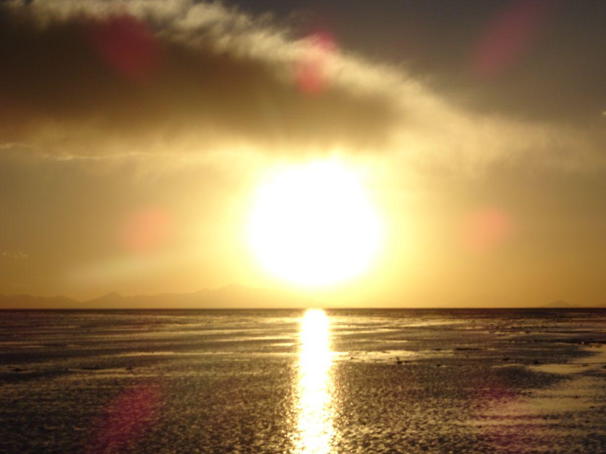 Coucher de soleil sur le désert et non sur la mer !