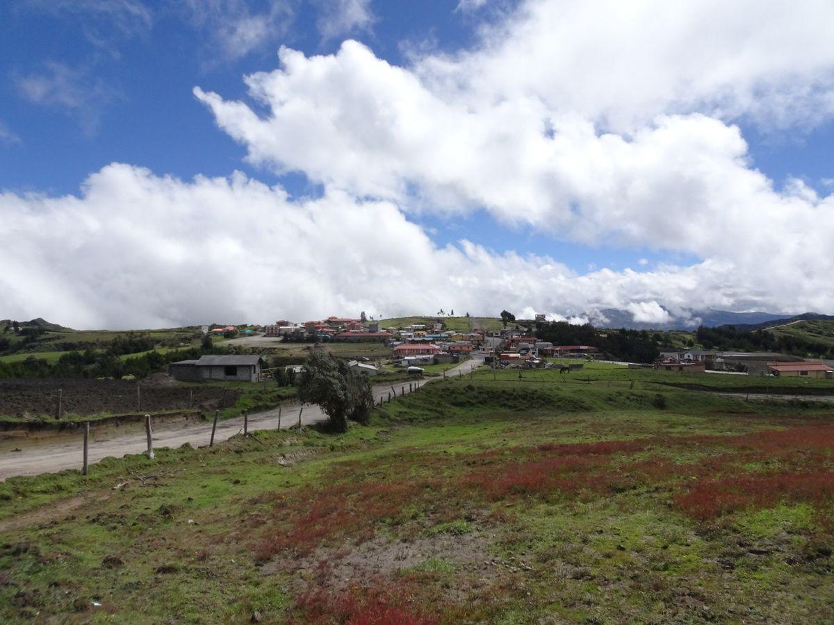 Au revoir Quilotoa,  on reprend le bus pour Latacunga puis Quito