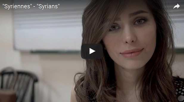 Jeune femme Syrienne professeur de musique et étudiante en médecine