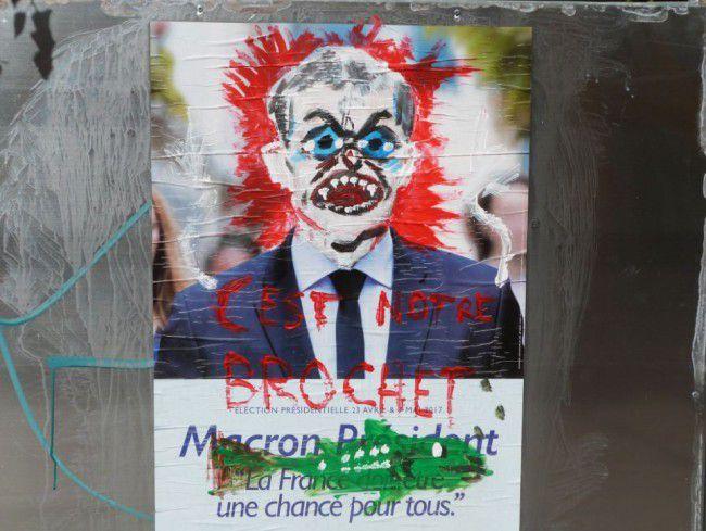 Et les Gagnants sont ... Emmanuel Macron et la Banque  !