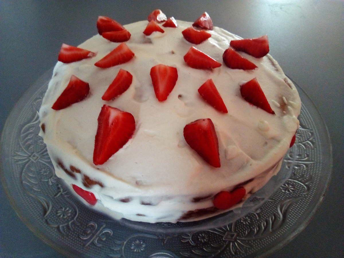 Gâteau aux fraises, crême pâtissière et chantilly