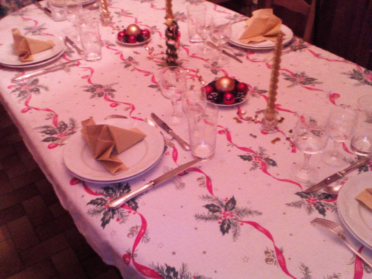 Dressage de table du nouvel ans du 31 la table de - Dressage de table ...