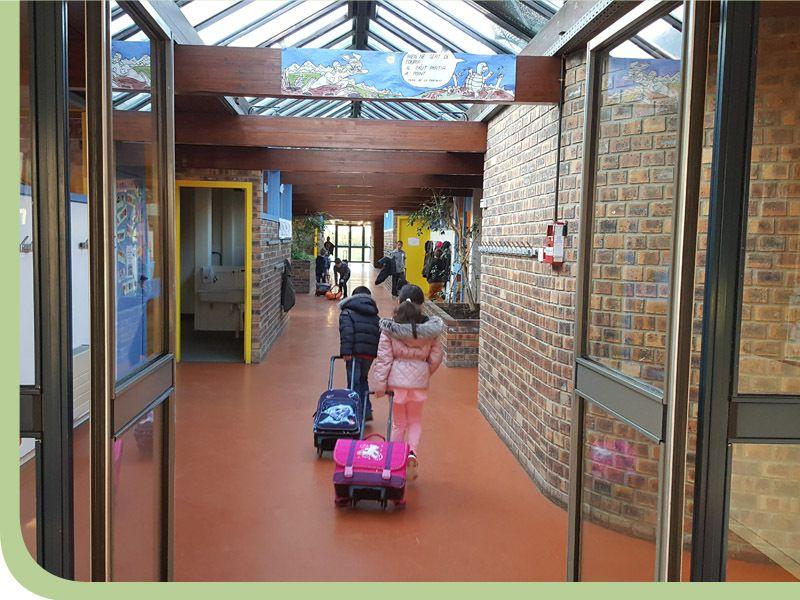 Ecole 2017...  Repenser une École à taille humaine dans une architecture adaptée