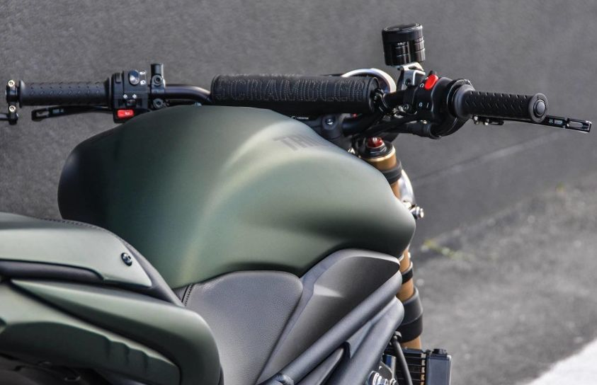 Triumph Speed Triple Army