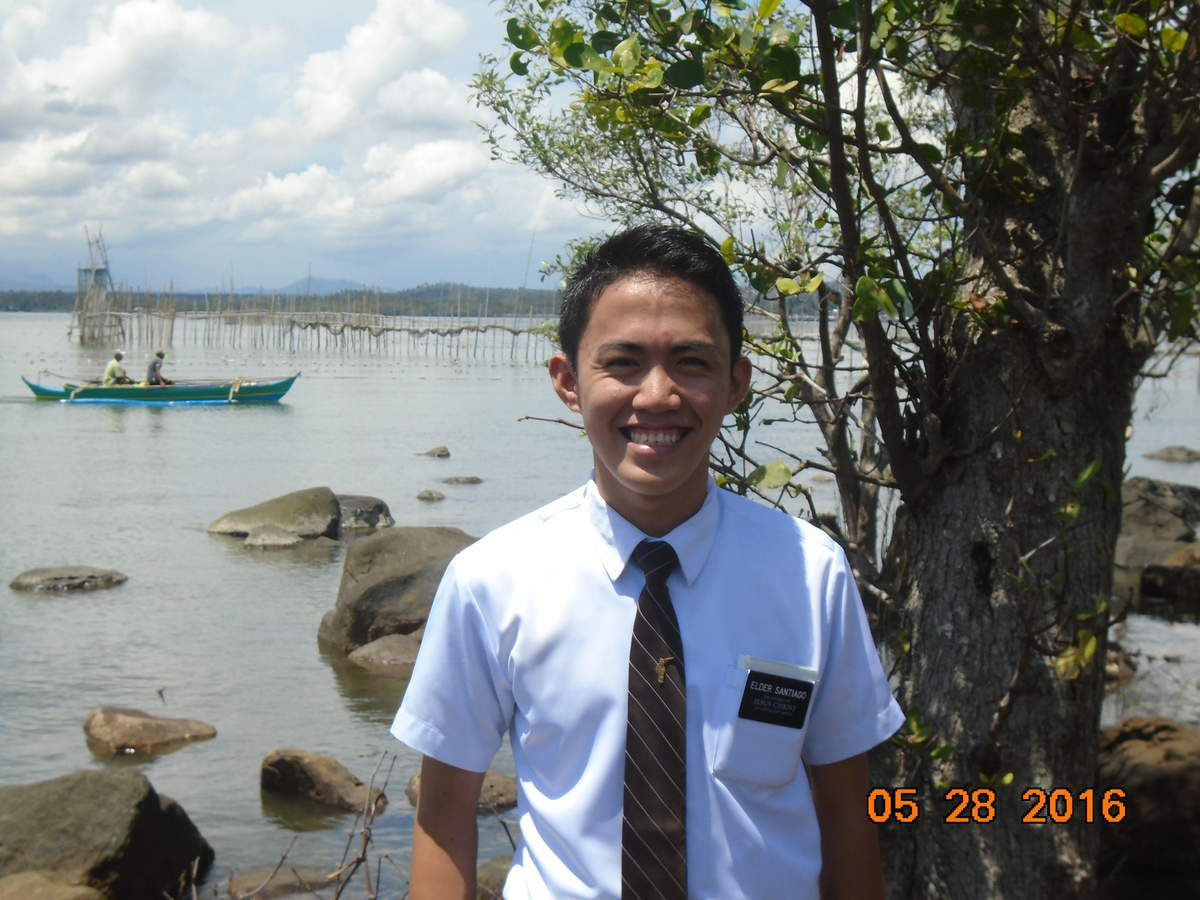 Here is my first son....Elder Santiago, he's from Quezon Province...Very humble and very teachable missionary...I really love our companionship! This picture was taken at our area in Tangub (Sinusa, Ozamis City, Misamis Occidental)