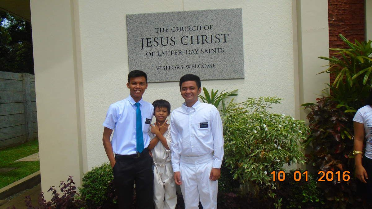 First Baptism of my Youngest son! Elder Montemayor....Ooopppssss! Father and Son TANDEM!