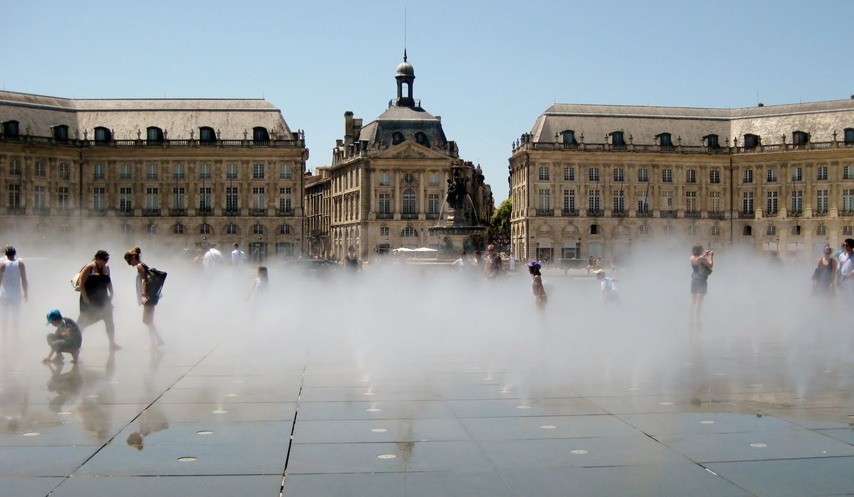 Bordeaux - Place la Bourse