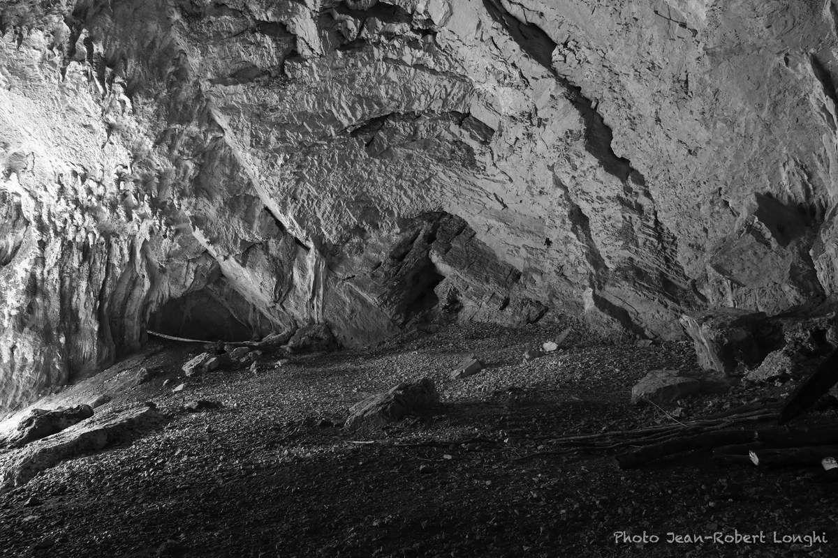 La salle principale de la grotte, immense