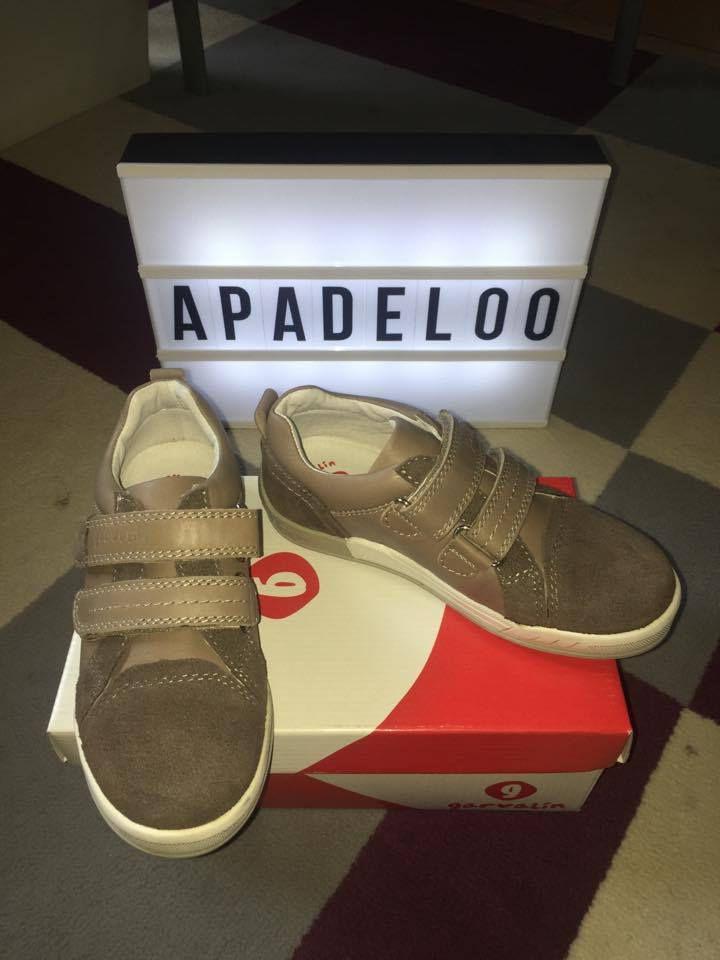 Apadeloo chaussures pour enfants à petit prix.