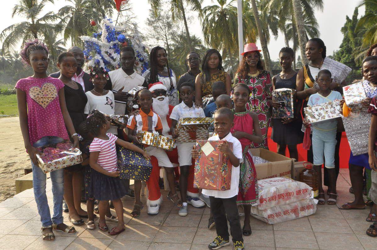 Arbre de noël organisé par la  Chambre des Notaires de Côte d'ivoire, jeudi 22 Décembre 2016 au Golf Hôtel Riviera-Abidjan.[Crédit photo: Michel Erolia]