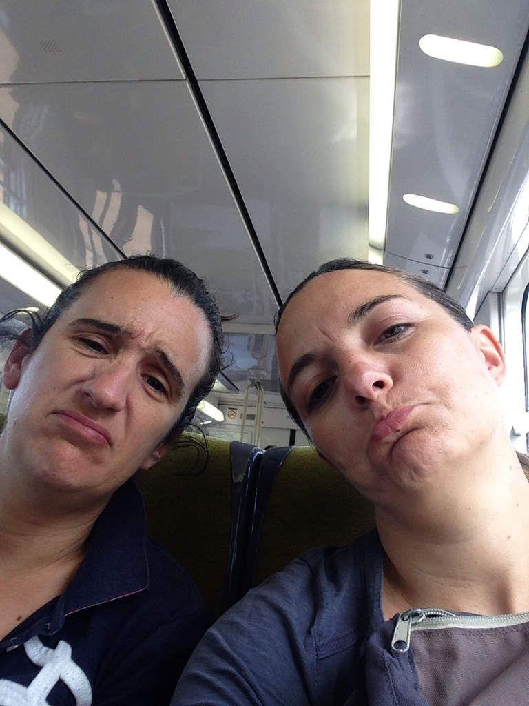 Dans le RER en route pour prendre le train