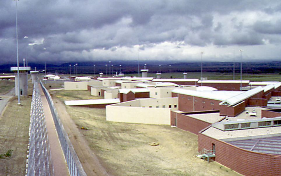 (Prison de Florence, Colorado, www.dailymail.co.uk)