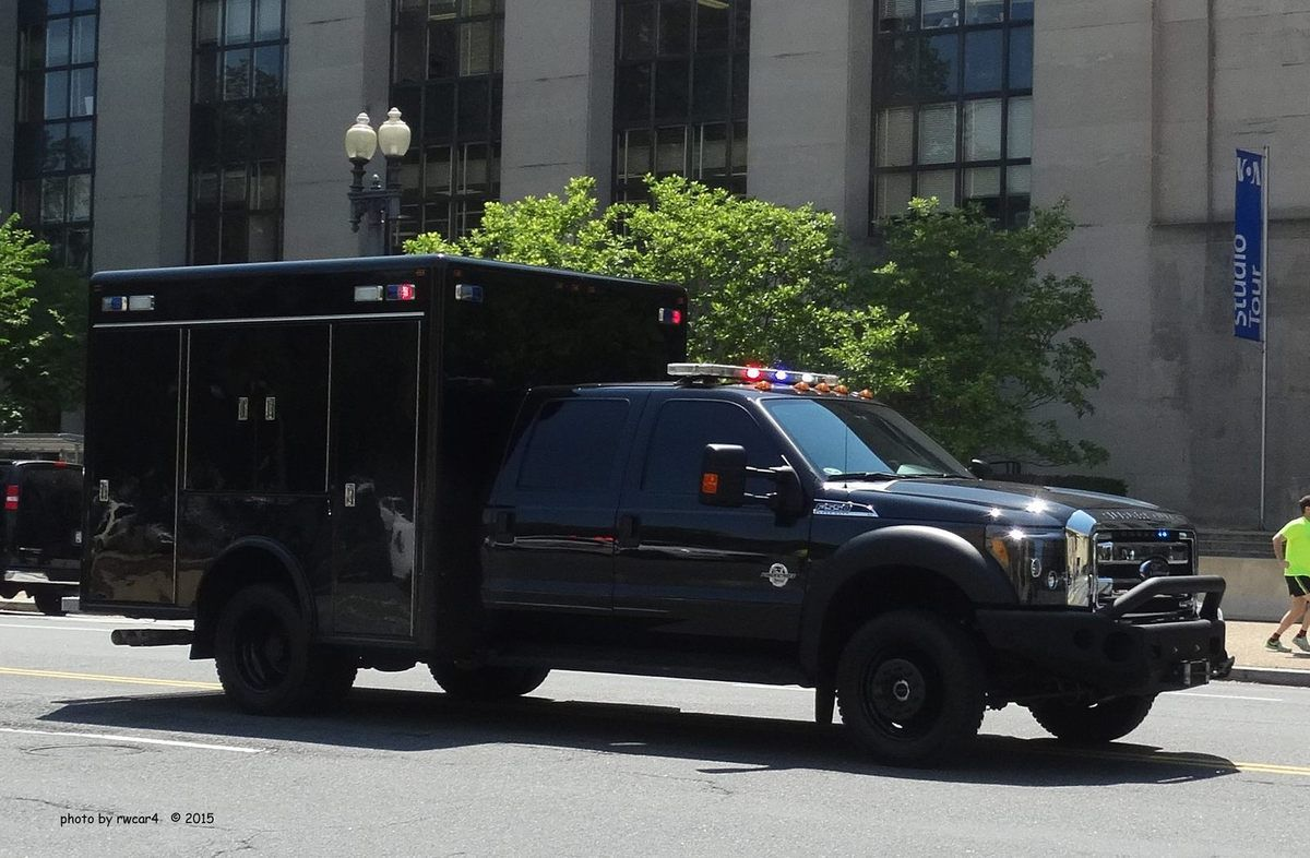 (Ford F350 du groupe d'intervention, photo de rwcar4, www.policecarwebsite.net)