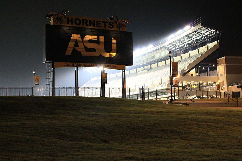 (ASU Stadium, photo de Tchnrn2000, 07/09/2014, wikipédia)