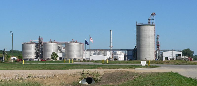 (Usine d'éthanol, Jackson, Nebraska, photo de Ammodramus, 09/07/2010)